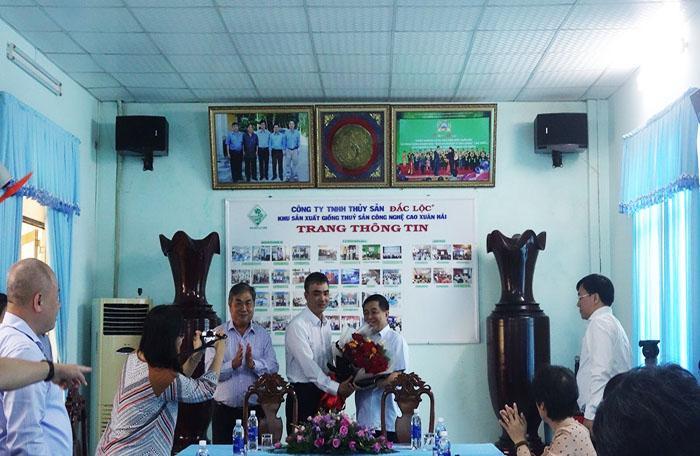 Bộ trưởng Bộ Kế hoạch & Đầu tư Nguyễn Chí Dũng thăm và làm việc tại Công ty